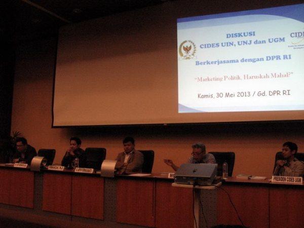 Menjadi pembicara di DPR, Mewakili CIDES UGM